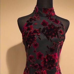 Evan-Picone black and red velvet flower dress🔥